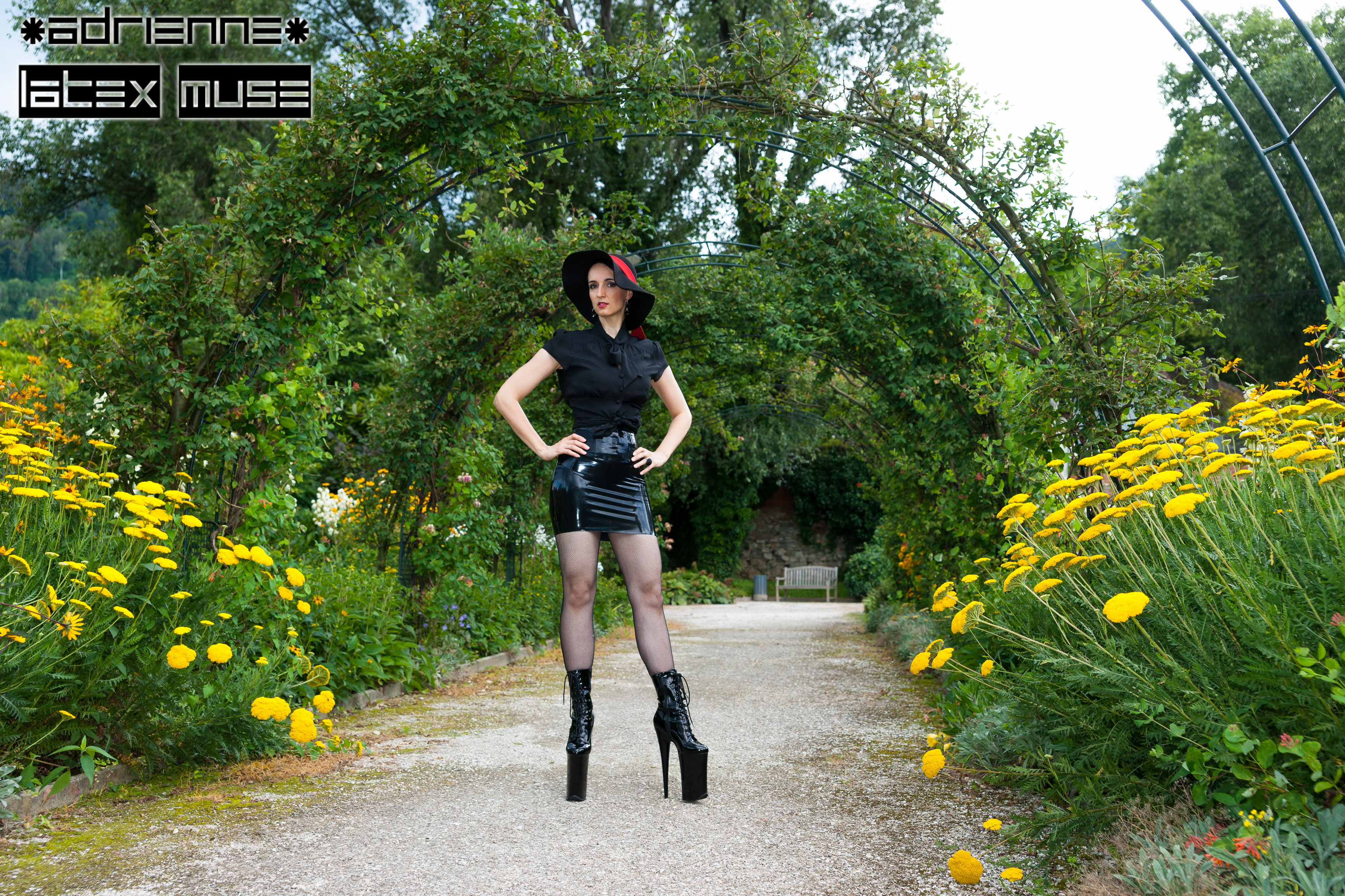 2016 - Latex in the castle garden - part 2